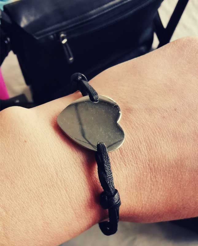 bracelet coueur acier inox cordon noir